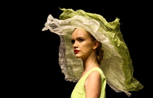 Fashion Week 8199
