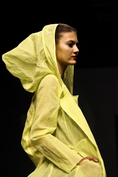 Fashion Week 8370