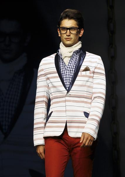 Fashion Week 9468